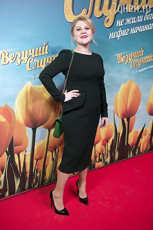 Роза Сябитова вывела в свет похорошевшую дочь