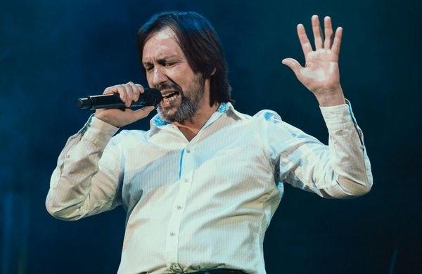 Николай Носков вынужден отменить концерты из-за болезни