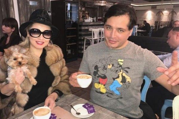 Рустам Солнцев поссорился с Леной Лениной