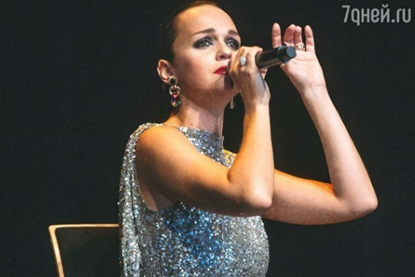 Певица Слава приняла неожиданное решение об уходе