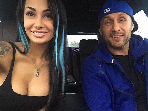 Саша Кабаева выразила свои чувства к мужу в блоге