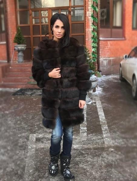 Саша Кабаева резко изменила имидж, распрощавшись с длинными волосами
