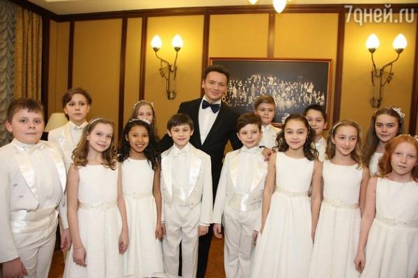 Екатерина Гусева поздравила театр Вахтангова с юбилеем