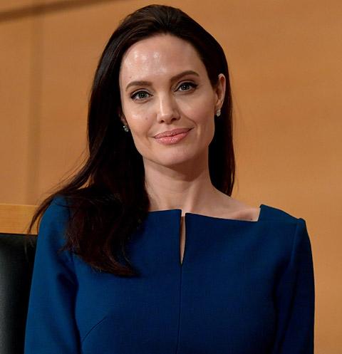 У Анджелины Джоли могут отобрать старшего ребенка