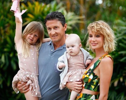 Наташа Ионова срочно увезла свою дочь за границу, чтобы спасти её от болезни