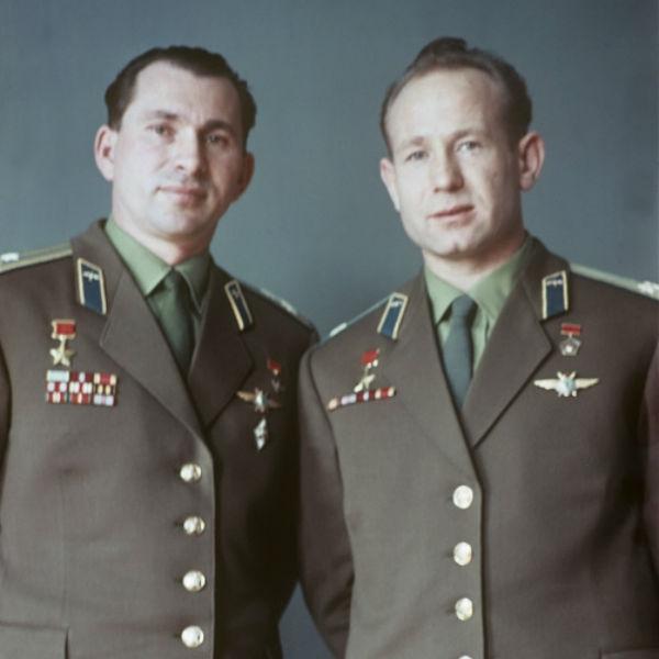 Космонавт Леонов возмущен костюмами Хабенского и Миронова