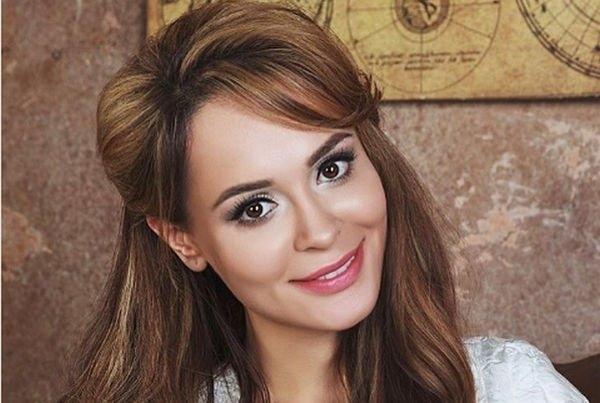 Анна Калашникова хочет сделать ринопластику