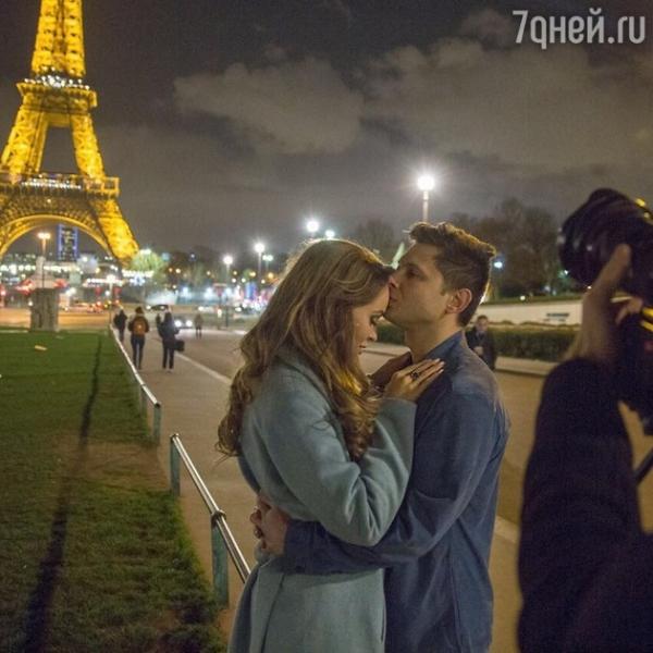 Анна Калашникова отправилась в романтический вояж в Париж