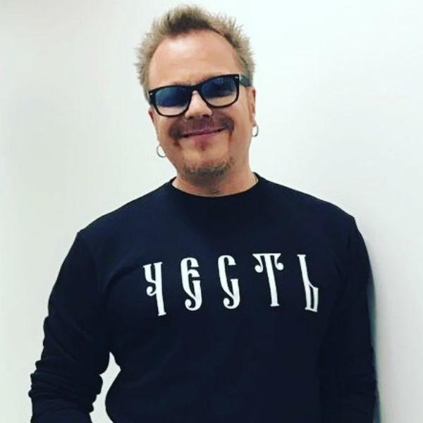 «Петрович, с днем рождения!» – звезды поздравили Сергея Цоя с юбилеем