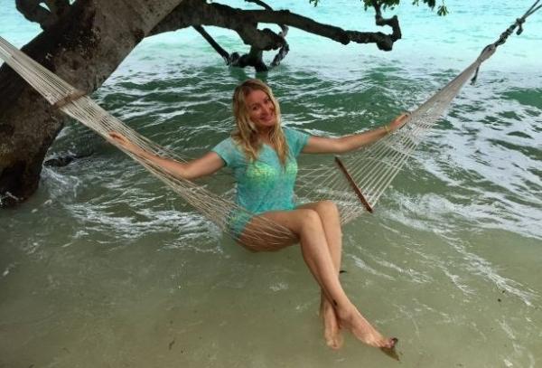Певицу Викторию Ланевскую на отдыхе чуть не съела акула