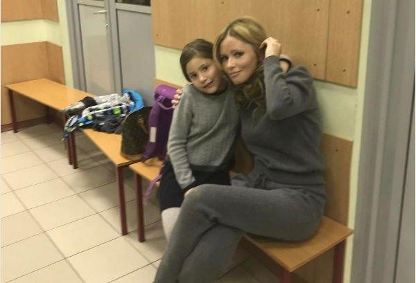 Дана Борисова сильно сбросила в весе в разлуке с дочерью