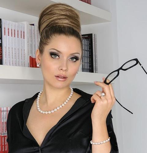 Лена Ленина раскрыла тайную связь с миллиардером