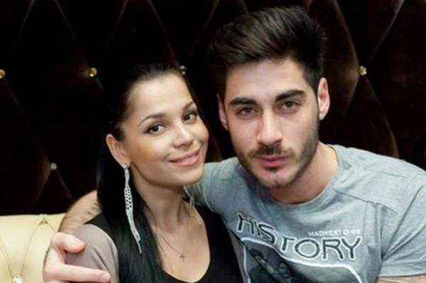 Юлия и Тигран Салибековы отмечают новоселье