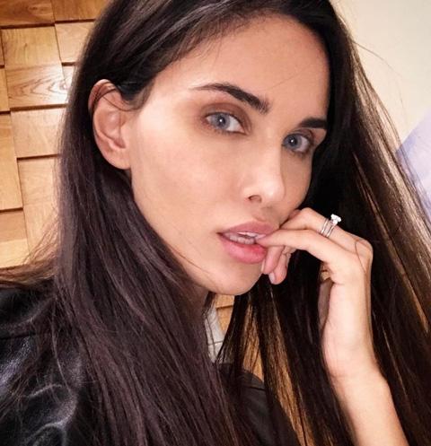 Супругу футболиста Павла Мамаева шантажируют эротическим компроматом