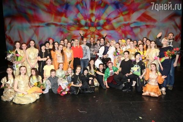 Дмитрий Харатьян осчастливил больных детей