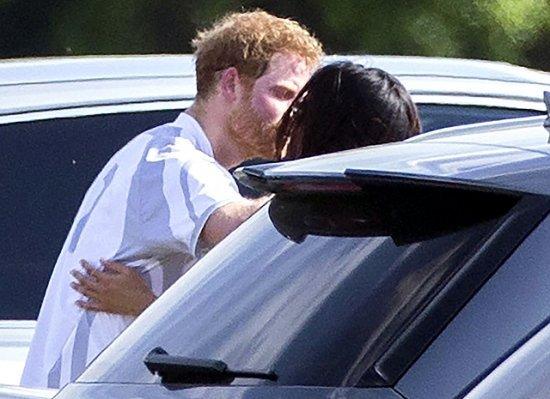 СМИ: Принц Гарри сделает предложение Меган Маркл в Африке