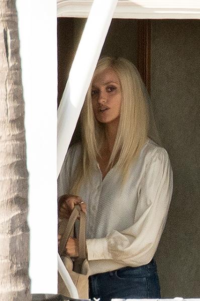 Пенелопа Крус в образе Донателлы Версаче на съемках «Американской истории преступлений»