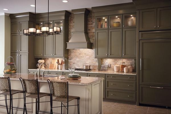 Необычные варианты оформления кухонь искусственным камнем