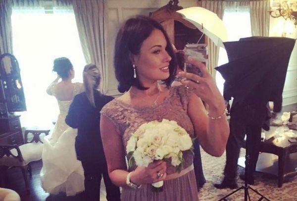 Анастасия Кочеткова раскрыла детали тайного бракосочетания