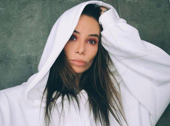 Айза Анохина продемонстрировала результат похода к косметологу