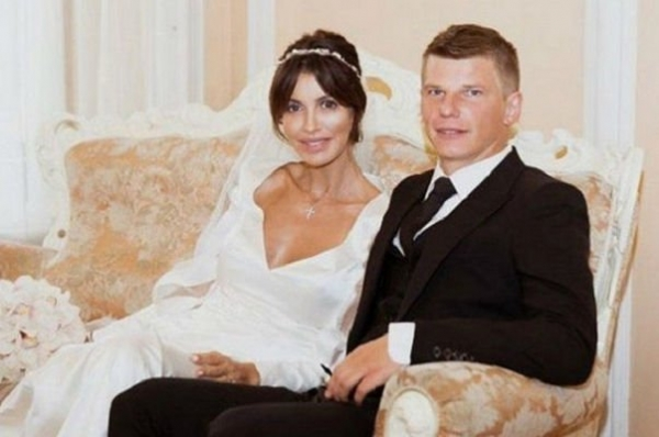 Андрей Аршавин определился с именем для маленькой дочки