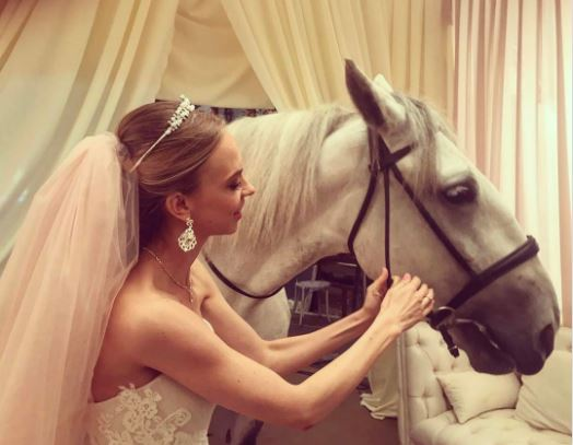 СМИ: Звезда Comedy Woman Надежда Сысоева вышла замуж