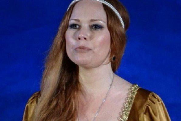 Елена Корикова переехала из своей квартиры из-за конфликта с соседями