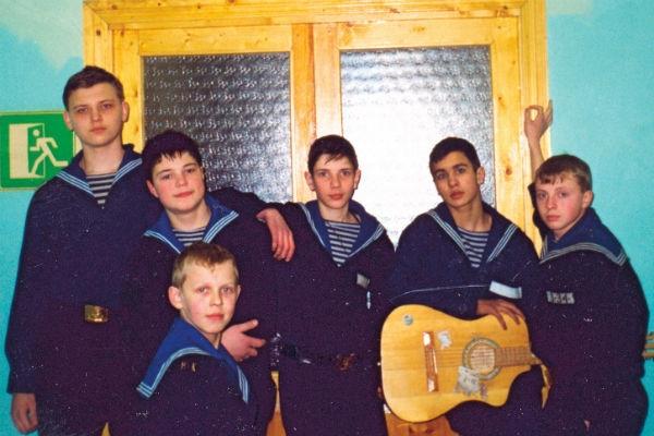 Друзья Данилы Козловского вспомнили, как он просил милостыню