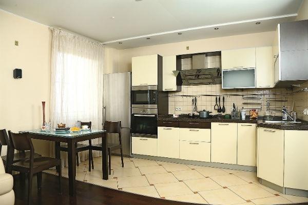 Владимир Сычев показал апартаменты после ремонта