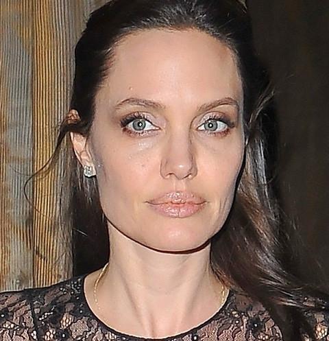 Исхудавшая Анджелина Джоли отметила праздник с особенным человеком