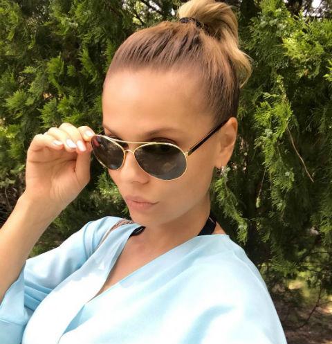 Ксения Новикова показала фигуру в сексуальном бикини