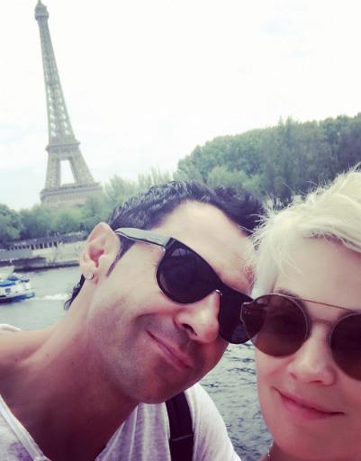 Стас Костюшкин сбежал с женой в самый романтический город