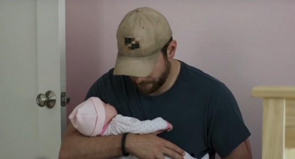 Брэдли Купер скрывает рождение ребенка