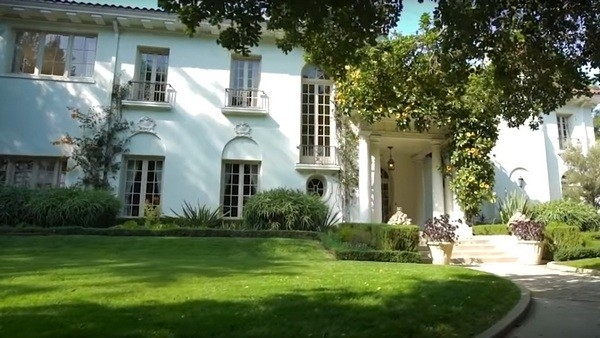 Анджелина Джоли купила особняк за 25 миллионов долларов. ФОТО