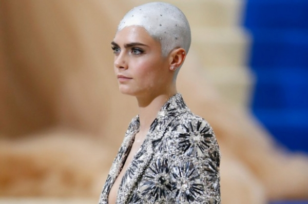Кара Делевинь собирается менять стандарты красоты