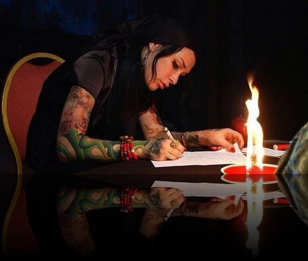 Звезда «Битвы экстрасенсов» Илона Новоселова найдена мертвой в Москве