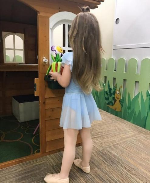 Кристина Асмус опубликовала снимок с трехлетней дочерью