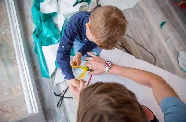 Лейсан Утяшева разместила трогательный снимок Павла Воли с сыном