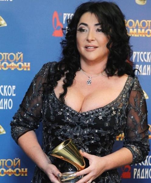Лолиту больше нельзя услышать на волнах Русского радио