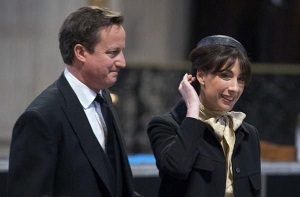 Постельный снимок Дэвида Кэмерона вызвал бурную реакцию в сети