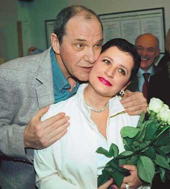 55-летняя жена 77-летнего  Эммануила Виторгана беременна