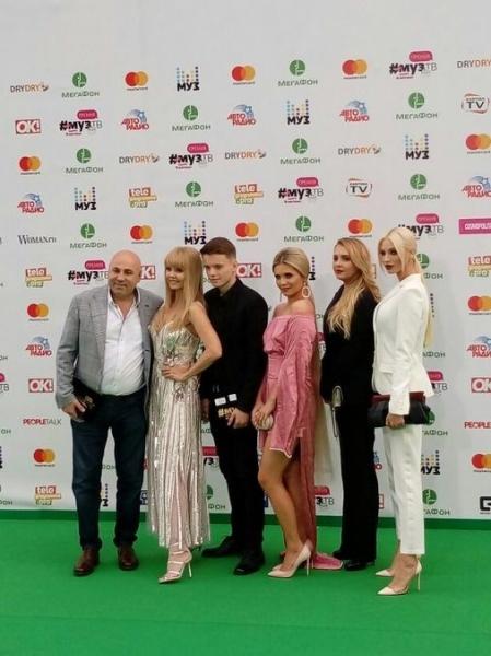 Премия МУЗ-ТВ: онлайн-трансляция с дорожки. ФОТО. ВИДЕО