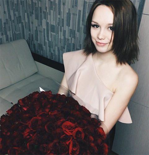Диана Шурыгина отмечает 18-летие