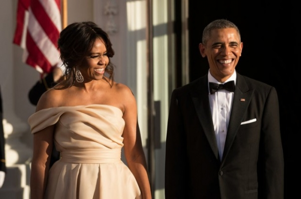 Барак Обама все восемь лет президентства носил один и тот же смокинг