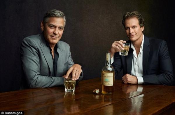 У Джорджа Клуни купили бренд текилы за $1 млрд