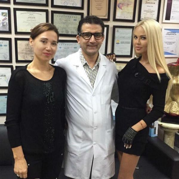 Мария Погребняк отвела свекровь к пластическому хирургу