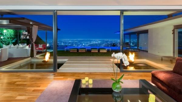 Мэттью Перри выставил на продажу свой голливудский дом