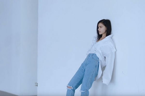 Елена Темникова представила клип на песню «Вдох»