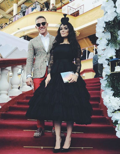 Водонаева, Бледанс и Калашникова блеснули нарядами на скачках «Монте-Карло»