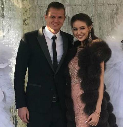 Дмитрий Тарасов увез Анастасию Костенко на дорогой курорт